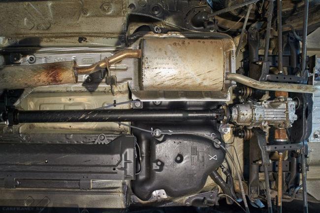 Днище автомобиля Рено Дастер вид снизу